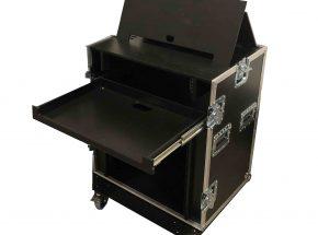 Entertainment flightcase - Regie flightcase 11 HE+ 1x uitschuif werkblad en monitor systeem